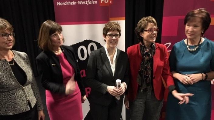 """Veranstaltung """"100 Jahre Frauenwahlrecht"""""""